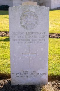 _headstone-etaples-clift