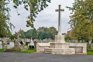 Chiswick Old Cemetery War memorial.01