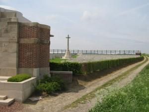 Duisans Cemetery, Etrun