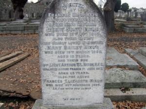 Family Memorial Dublin.Nixon
