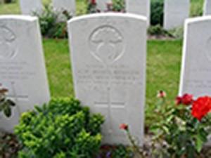 Headstone.Rowlandson