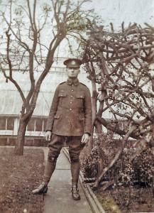Tom Squire at 35 Paddenswick Road Christmas Day 1914