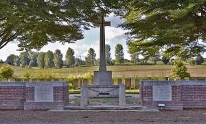 fillievres cemetery.Adams